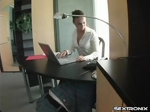 Eating secretary pussy and getting her dick sucked