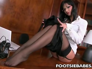 Bored Secretary With Sexy Feet I...