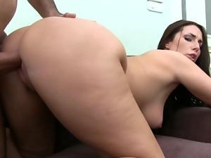 Bewitching chick reveals her assets