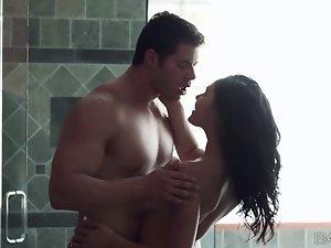 Horny babe Ariana Marie bathroom fuck