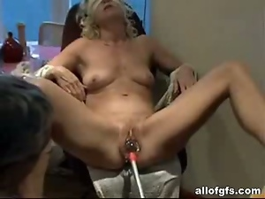 Old pussy penetrated with hardcore toys