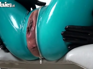 Sexy latex bitches are ready to piss