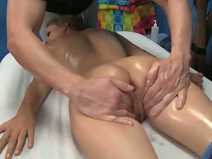 Presley hart's hot pussy massage