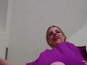 Ballbusting giantess for your pleasure