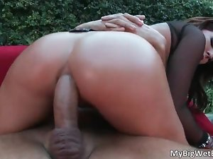 Gorgeous big sexy ass nice tits hot brunette slut Casey Cumz suycks and gets ass banged hard by Keiran Lee