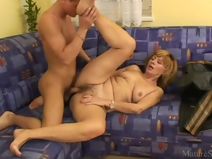 Flabby mature with hairy cunt fucked
