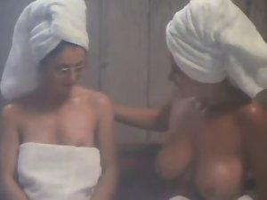 uschi digar ( vintage ) topless talk