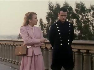 Anita Rinaldi in Betty Blue pleated skirt episodes