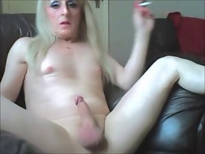 Sissy Eve Smoke And Stroke