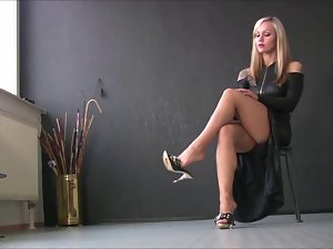 Sexual Ladies In Sensual Heels 4