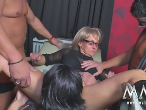 MMV FILMS Amateur Experienced Swinger Party