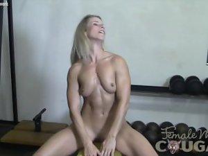 Experienced Claire Masturbates in the Gym