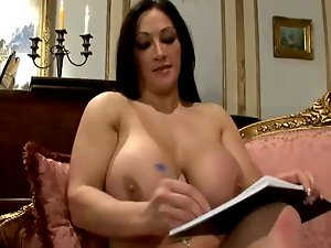 English Housewifes attractive foursome