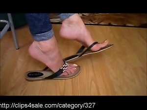 Luscious Shoe Dipping at Clips4sale.com