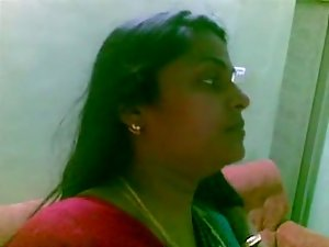 Sensual indian Aunty 1097