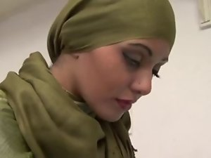 Zahara the lovely arab hijab young lady licks and bangs