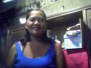 FILIPINA GRANDMA MERLEN DELA VICTORIA 53 SHOWING HER Knockers