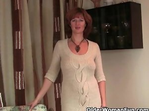 Redheaded housewives crave orgasm
