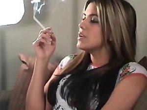 Naveire Smoking