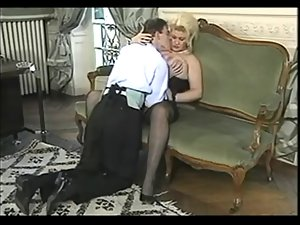 Beauteous Big Tiited Mummy Screwed In Office