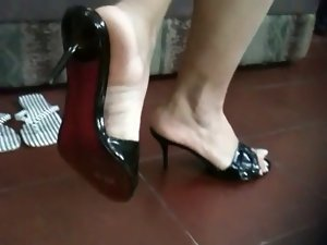 Sexual latina feet 3