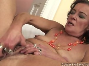 Alluring granny masturbate and squirt