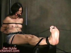 Intense Foot Tickling Bondage 120804tc