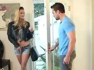 Natalia Starr is the lewd neighbor