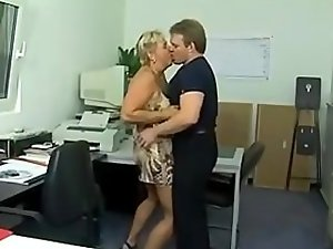 Chunky German puma ass-fucked in the office (Sid69)