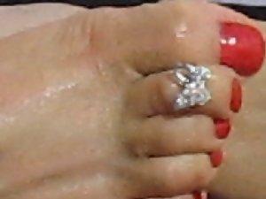 Turkish CrossDresser Buse Naz Arican - My Bare Feet
