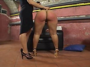 Her Big Round Succulent Bum Gets Spanked!!!!!!!