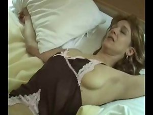 White Dirty wife Find enjoyment in A Fuck From Her First Black Shaft !
