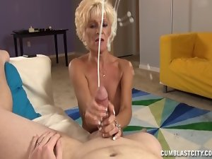 Sluty Slutty mom Jerks Off A 19yo Lad