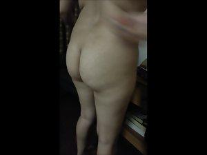 Latina prostitute 3 (video)
