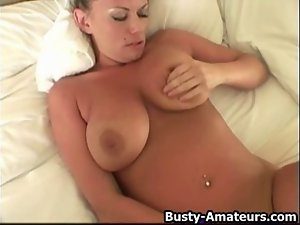 Buxom Hentai Chick in POV Toying Her Juicy Snatch