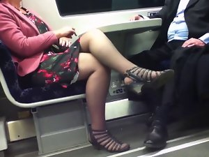 Candid Sexual Crossed Legs 8. Filthy Mature! (+slow motion)