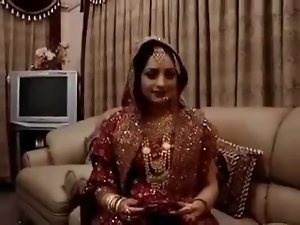 SUHAG RAAT ki Dastan With Punjabi Audio