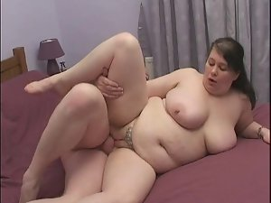 English Fatty gets fucked on a squeaky bed!