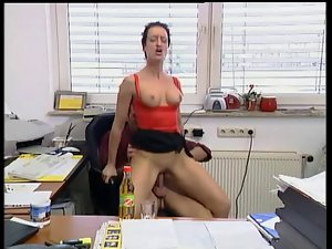 Susana De Garcia - Fuck Boss in the office