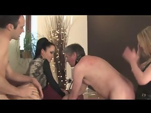 :- THE FEMDOM MISTRESS & THE Dirty wife SWAPPERS -:ukmike video