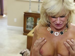 Bawdy blondie granny lady needs a solid cock in her shaven quim
