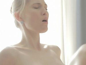 Sweet light-haired blows and bangs the prick of her attractive masseur