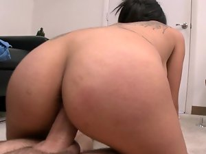 Latina is pushing her face and cunt against a phallus in this episode