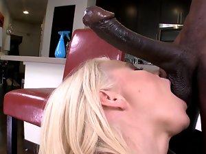 Curvy blondie porn star needs a big chocolate pecker right now