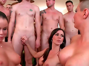 Glamorous gals Christy Mack and her friends love wild group sex
