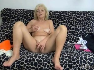 Filthy light-haired vixen gets sensual rubbing clip