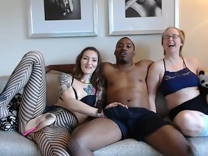 Cam Session 17-10-07 5 Star Vacation Threesome w Andi Ray