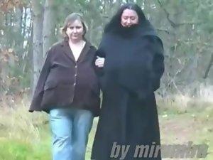 Sabrina Meloni Titsiana walking