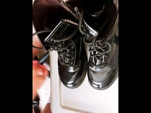 Cumming on Size 7 Boots