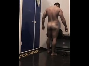 Emmaninnature - Spying on the gym restrooms